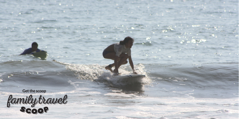 Learning to surf in Manual Antonio