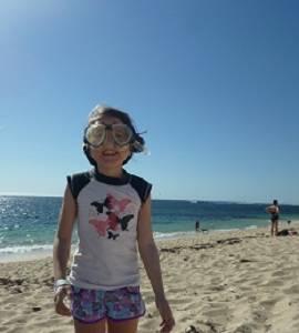 girl on beach in Gold Coast