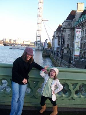 kids in front of London Eye