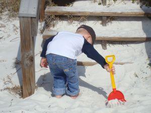 toddler playin