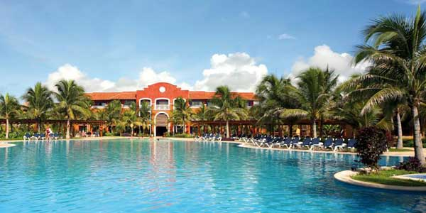 Colonial Barcelo Resort