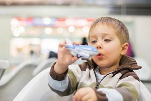 child at the airpor