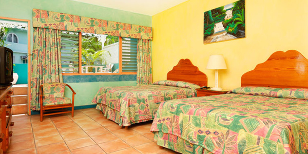 Doctor's Cave Beach Hotel