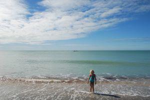 child on Ft Lauderdale Beach