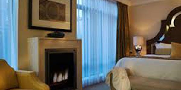 L'Hermitage Hotel, Vancouver (4 Stars)