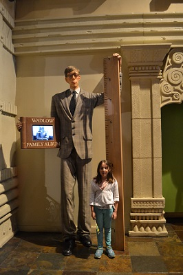 tallest man in ripleys nyc