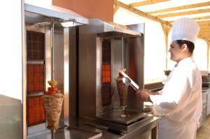 chef  cooking shawarma