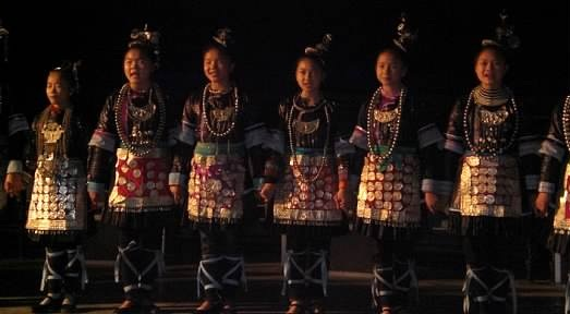 children dressed up in chinese dress