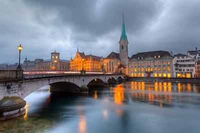 Zurich at dus